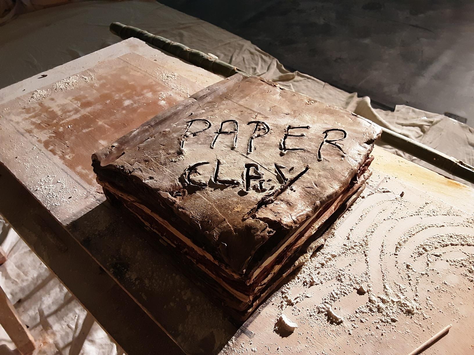 Paperclay – Théâtre d'argile